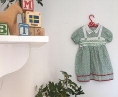 Swedish Girls, Cute Sandals, Green Button, Vintage Children, Pink White, Vintage Items, Floral Prints, Dress Shoes, Etsy Shop