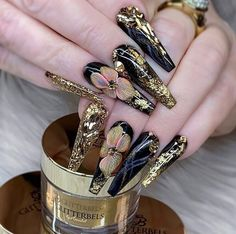 Semi-permanent varnish, false nails, patches: which manicure to choose? - My Nails Best Acrylic Nails, Acrylic Nail Art, Acrylic Nail Designs, Nail Art Designs, Bling Nails, Gold Nails, Stiletto Nails, Fun Nails, Coffin Nails