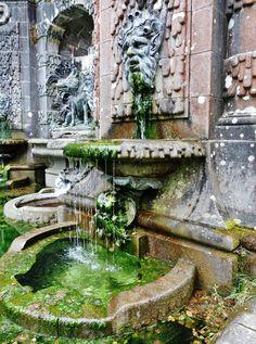 Fontaine italienne - bassin de la chasse [ TheGardenFountainStore.com ]