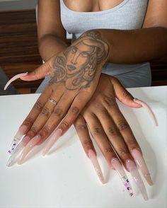 Bling Nails, Dope Nails, Curved Nails, Long Acrylic Nails, Hand Tattoos, Nail Designs, Nail Art, Claws, Nail Ideas