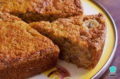 Aprende a preparar torta de plátano maduro con queso con esta rica y fácil receta. La torta de plátano maduro con queso es un postre con una textura seductora, suave...