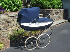 Vintage Pedigree English Pram #Pedigree Vintage Pram, Prams And Pushchairs, Baby Prams, Baby Carriage, Baby Strollers, Restoration, Retro, Outdoor Decor, English