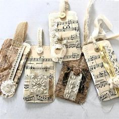 Junk Journal Gift Tgas Junk Journal Gift Tgas Vintage Junk Journal Handmade gift tags made by me wou Junk Journal, Journal Vintage, Deco Table Noel, Bookbinding Tutorial, How To Make An Envelope, Handmade Gift Tags, Easy Diy Gifts, Handmade Headbands, Handmade Journals