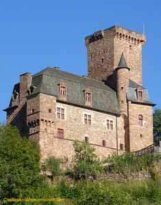 Château de la Servayrie, Mouret, Marcillac-Vallon, Rodez, Aveyron, Midi-Pyrénées, France... www.castlesandmanorhouses.com ... Classified as a monument historique by the French ministry of culture in 1995. Offers B&B.