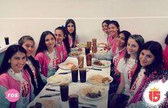 Almorzamos en Camilas para juntar energías y estar listos para salir a vivir todas las aventuras que nos esperan! #rosaF16 #enjoy15