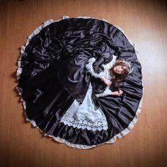 Ohhhhh, what a dinner plate! Dress Sites, Puffy Dresses, Maid Uniform, Casual Attire, Lolita Dress, Dinner Plates, Maxi Skirts, Maxi Dresses, Petticoats
