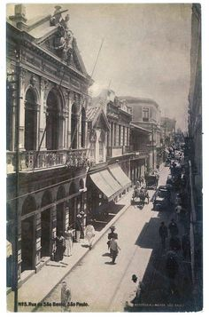 Brazil, São Paulo: São Bento street in 1920 Vintage Pictures, Old Pictures, Old Photos, Architecture Old, Amazing Architecture, Vale Do Anhangabaú, Cidades Do Interior, Sao Paulo Brazil, As Time Goes By
