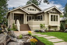 Bungalow Exterior Design Ideas, Pictures, Remodel and Decor Small Bungalow, Modern Bungalow House, Bungalow Exterior, Craftsman Exterior, Bungalow House Plans, Craftsman Bungalows, Craftsman House Plans, Exterior House Colors, Modern House Plans