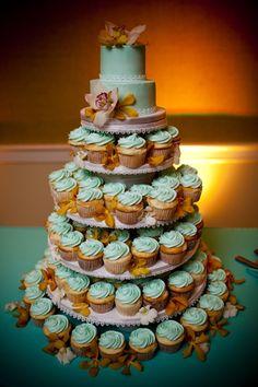 cake & cupcake combo: cupcake tree (http://www.cupcaketree.com/products/rnd-mini-cupcaketree.php)