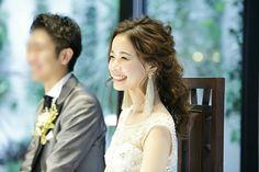いいね!1,039件、コメント61件 ― maachanzuuさん(@maa_wed)のInstagramアカウント: 「JennyPackhamのドレス×ADERの星イヤリング×自作のタッセルが写っててお気に入りの写真です✨ 時間とともにこめかみの血管が浮きあがってきてます(笑) #結婚式 #wedding…」 Wedding Looks, Wedding Tips, Wedding Styles, Wedding Earrings, Wedding Images, Bridal Style, Wedding Accessories, Bridal Hair, Hair Inspiration