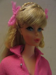 Vintage 1966 Mattel Twist and Turn Blonde hair blue eye barbie & stand