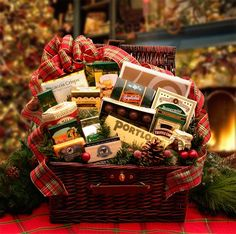 Home & Hearth Fireside Holiday Hamper- Snow is falling, a fire is crackling and family and friends will soon be gathering around this elegant gourmet gift hamper that offers a true taste of the holiday season along with some deliciously decadent trea 30 Diy Christmas Gifts, Christmas Hamper, Holiday Fun, Holiday Gifts, Christmas Holidays, Christmas Goodies, Holiday Treats, Happy Holidays, Festive
