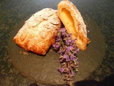 Verboten gut ⚠: Pudding ~ Schmandplunder mit Bienenstichkruste