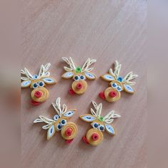 Paper Quilling Earrings, Paper Quilling Cards, Quilling Work, Neli Quilling, Paper Quilling Designs, Quilling Paper Craft, Quilling Ideas, Diy Quilling Christmas, Christmas Card Crafts