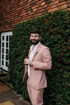 Stylish Pink Wedding Suit for Groom at London Wedding | By Epic Love Story | Micro Wedding | London Wedding | 2020 Wedding | Pink Suit for Wedding | Pink Wedding Suit | Stylish Groom | Coloured Wedding Suit | Coloured Suit |