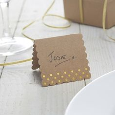 Gold Rustic Scalloped Edge Place Cards - pack of 10 www.bouquetsandbunting.co.uk Only £2.99