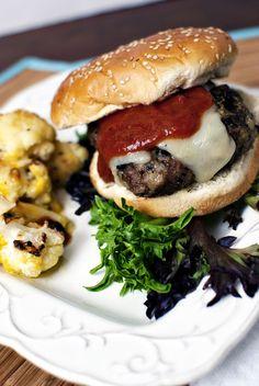 Pesto Burgers \\ PasstheSushi.com