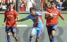 Independiente volvió al triunfo con una goleada ante Arsenal +http://brml.co/1IiZCBA
