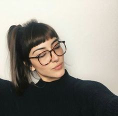 New hair styles short bangs glasses ideas Short Bangs, Long Hair With Bangs, Micro Pony, Hair Inspo, Hair Inspiration, Hairstyles With Bangs, Cool Hairstyles, Bangs And Glasses, Hair Magazine