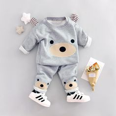 baby boy clothes 2018 Spring New cotton material o-neck full sleeve high quality baby boys clothing set Baby Boy Clothes Hipster, Cool Baby Clothes, Baby Boy Clothing Sets, Next Boys Clothes, Bear Clothing, Baby Outfits, Cute Outfits For Kids, So Cute Baby, Cute Babies