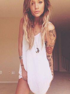 (1) Tattoo & Girls & Piercing