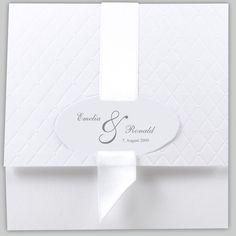 Einladungskarte weiß quadratisch mit breitem Band weiß