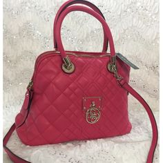 """💯% Authentic Guess beautiful Maroon purse!!🌹🌹 Brand: Guess Bag: Depth6 Style: Satchel Bag Length: 14""""  Material: Faux Leather Strap Drop: 5"""" Color: Maroon  Size: Medium  Bag Height: 9 1/2""""  UPC: 885935806893 Style: VG610906 Guess Bags Shoulder Bags"""