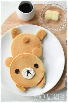 Have an amazing 😉 breakfast 🍳 with these kawaii bear 🐻 pancakes 🥞 Cute Food, Good Food, Yummy Food, Pancake Art, Pancakes Easy, Think Food, Food Humor, Creative Food, Kids Meals