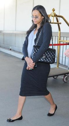 Airport Fashion: Zoe Saldana in a pencil skirt, comfy flats, cardigan + chanel bag