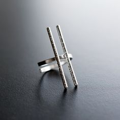 Sterling silver pinky ring for women. Code: 2013 Free shipping! Price: €26,00
