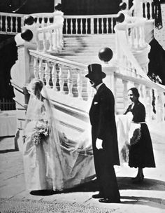 Grace leaving the Palace, with her father, en route St. Nicholas Cathedral, for her religious ceremony. She already married Prince Rainier, in a civil ceremony the previous day, April 18th, 1956