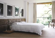Impeccable Modern Home Design Boasting Open Main Area : Minimalist Bedroom Design With Painting On The Wall And White Bedding With Beige Curtains Minimalist Interior, Minimalist Bedroom, Beige Curtains, Love Your Home, White Bedding, Contemporary Bedroom, Plan Design, Home Decor Bedroom, Interior Inspiration