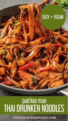 Vegan Thai Drunken Noodles (Pad Kee Mao) Tasty Vegetarian Recipes, Vegan Dinner Recipes, Veggie Recipes, Whole Food Recipes, Cooking Recipes, Healthy Recipes, Healthy Thai Food, Weekly Recipes, Thai Cooking