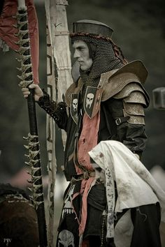A Corpsedale Knight and Madien Untotes Fleish (Undead Flesh) at the ConQuest of Mythodea (source: Paddy Mac on the ConQuest of Mythodea facebook page)