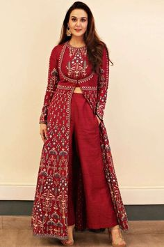 Preity Zinta wearing the Raga suit from Anita Dongre Preity Zinta wearing the Raga suit from Anita Dongre Picture: Anita dongre website Indian Fashion Dresses, Indian Gowns Dresses, Dress Indian Style, Indian Designer Suits, Indian Fashion Designers, Indian Attire, Indian Ethnic Wear, Indian Kurta, Indian Wedding Outfits