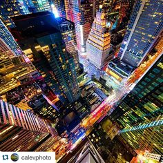 So bright and colorful! Fun photo @calevphoto - hope you're having a great holiday!  #Repost #Regramm #instagram #Citylights #OnlyAtBar54 #InAHyattWorld #TBT #nyc #Instagood #Instamood #SeeYourCity by hyatttimessquare