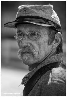 Confederate Soldier, Maryland Life Inspiration, Character Inspiration, Face Drawing Reference, Face Sketch, Face Wrinkles, Portrait Sketches, Black And White Painting, Best Portraits, Face Expressions