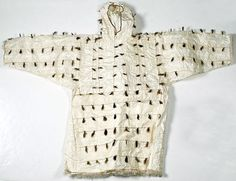 magical garment (looks like paper and fur) Native American Beading, Fashion Fabric, Outdoor Outfit, Stay Warm, Textile Design, Parka, Book Art, Water Tribe, Vintage Fashion