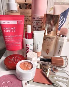 """""""The DEFENSE Nightly Reconditioning Moisturizer is quite lightweight and absorbs into the skin fast. Even when my skin f. Best Moisturizer, Best Face Products, Lotion, Lotions, Cream"""