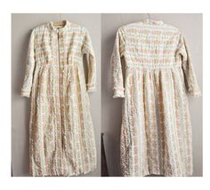 Vintage 80s Quilted Womens Robe Zip up Floral Nightgown Cover by drowsySwords on Etsy