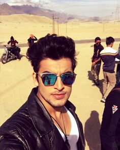 The desert king is on   #navneetmalik