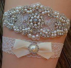 Wedding Garter / Rhinestone Wedding Garter / Bridal Garter / Blue Wedding Garter / Ivory Lace Wedding / Something Blue Wedding Garter