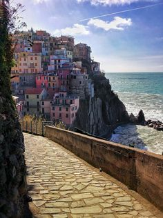 The beautiful coloured houses of Cinque Terre