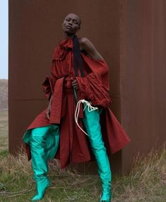 Alek Wek & Grace Bol in Dazed & Confused Spring/Summer 2017 by Viviane Sassen - - Come Together Dazed Confused Spring/Summer 2017 www.com Photography: Viviane Sassen Model: Alek Wek & Grace Bol Styling: Robbie Spe…. Foto Fashion, Fashion Shoot, Editorial Fashion, Summer Editorial, 90s Fashion, Fashion Trends, Fashion Outfits, Autumn Photography, Editorial Photography