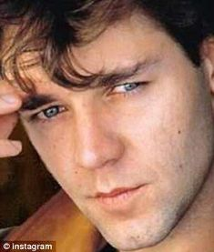 Russell Crowe, sends fans into overdrive as he shares a throwback shot (L, pictured R, recently) of himself for Beautiful Person, Beautiful Men, Beautiful People, Russell Crowe Young, Gladiator Movie, Master And Commander, Moon In Aquarius, Australian Actors, Young Actors
