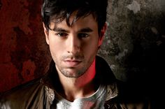Enrique Iglesias Tapped for Billboard Latin Music Conference Superstar Q&A | Billboard