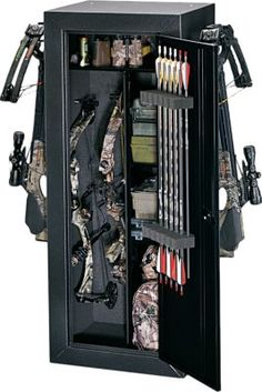 Stack-on Buck Commander Bow Cabinet