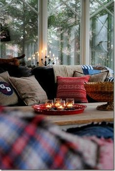 35 Trendy & Cosy Holiday Deko-Ideen - Diet Plan - Make Up Brush Cleaner - DIY Jewelry Box - Hair Color Hair Styles - Hygge Home Inspiration Cosy Home, Warm Home, I Love Winter, Cozy Winter, Cozy Rainy Day, Winter Porch, Winter Cabin, Cozy Christmas, Christmas Holidays
