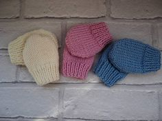 Hey, I found this really awesome Etsy listing at https://www.etsy.com/listing/263657048/knitted-baby-mittensscratch
