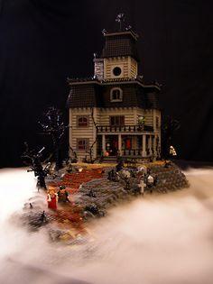 Lego haunted house